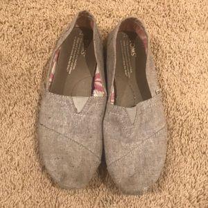 Light Grey Toms
